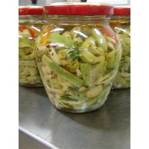 Zucchine verdi a filetti